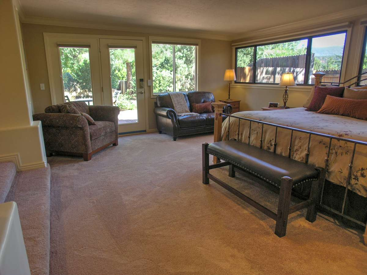 Copper Star Master Bedroom Sedona Vacation Rental Red Rock Realty