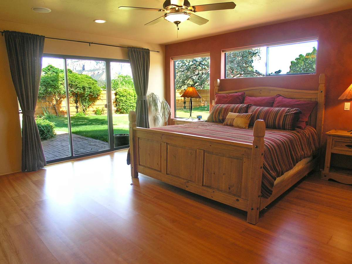 Quietude Master Bedroom Sedona Vacation Rental Red Rock Realty