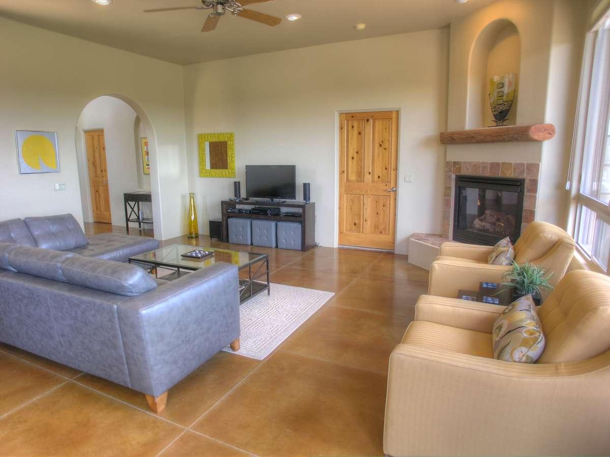 Sedona Vacation Rental- Sky Light :: Red Rock Realty